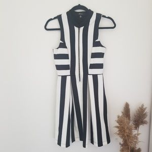 Monteau Sleeveless Striped Dress with a front Zip